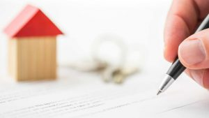 How an Experienced Real Estate Lawyer Can Save You from Home Buying Troubles